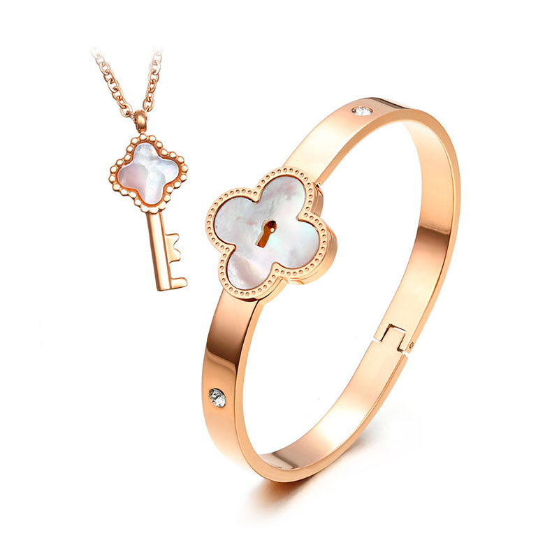 Teamo His and Hers Bracelets, Lock and Key Bangle and Necklace Set, Rose Gold Four Leaf Clover Bracelet and Pendant in Titanium Steel, Matching Jewelry for Couples