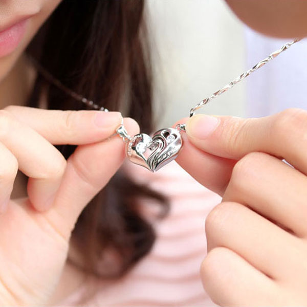 c13b1965ac OuYan Couples Necklaces, Interlocking Open Heart Puzzle Pendants Set in  Sterling Silver, Love You and Miss You Engraved Necklaces for Him and Her,  ...